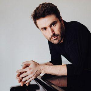 Pianist Dan Tepfer
